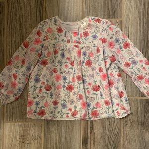 Long sleeve toddler shirt.